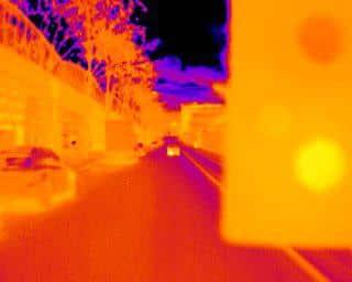Image thermographique d'une rue de Paris